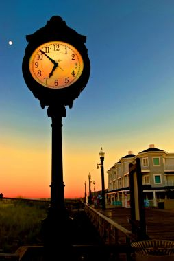 Boardwalk clock with moon REDUCED